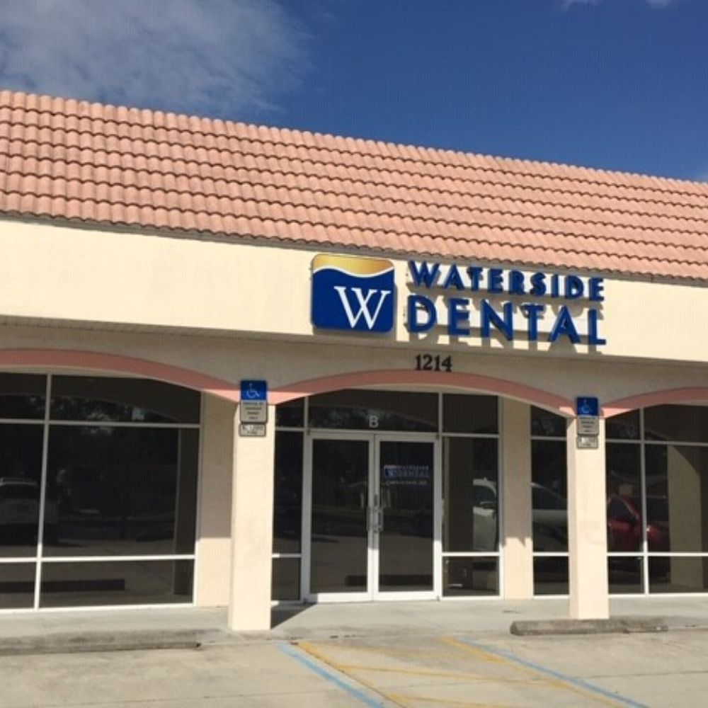 Waterside dental venice east front